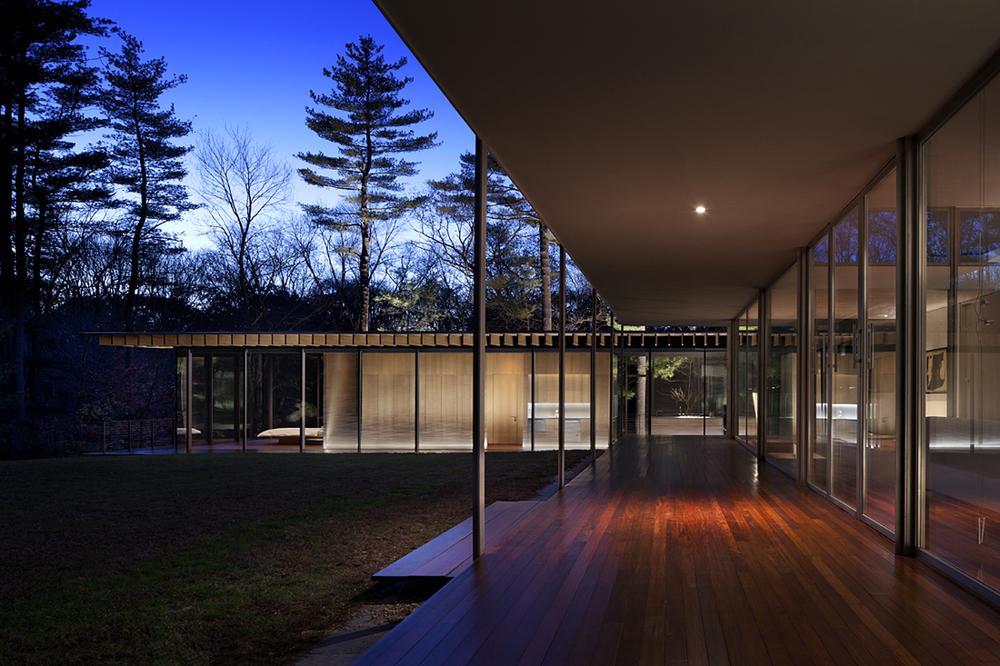 glass-wood-house-by-kengo-kuma-the-tree-mag-50.jpg
