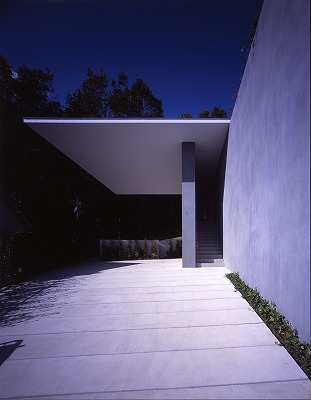 floating-roof-house-by-tezuka-architects-the-tree-mag-61.jpg