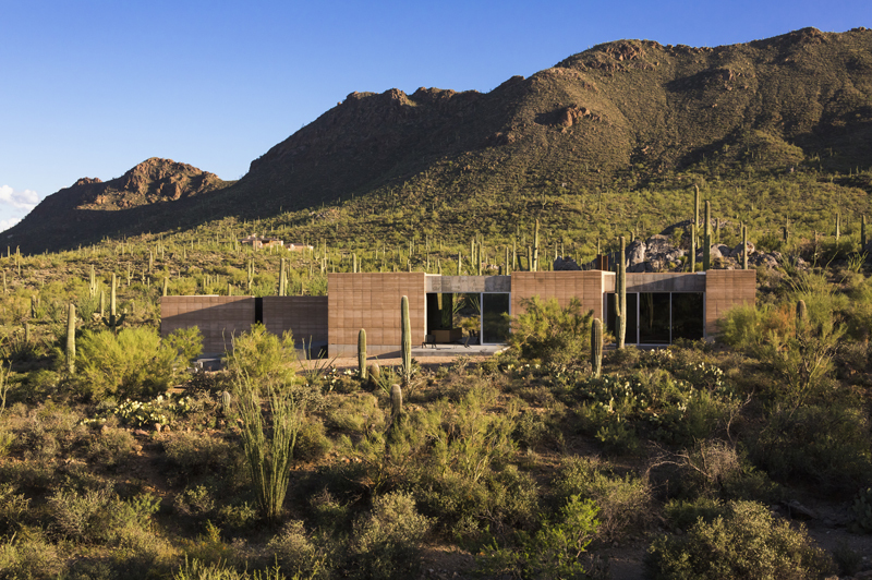 tucson-mountain-retreat-by-dust-mountain-retreat-dust-the-tree-mag-5.jpg