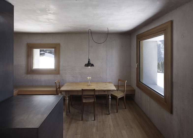 the-tree-mag_mountain-cabin-by-martemarte-architects-50.jpg