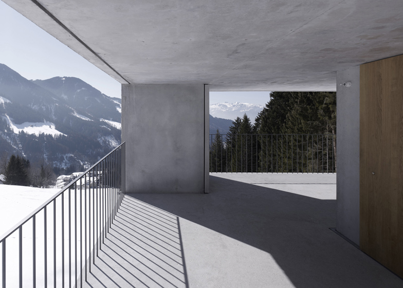 the-tree-mag_mountain-cabin-by-martemarte-architects-60.jpg