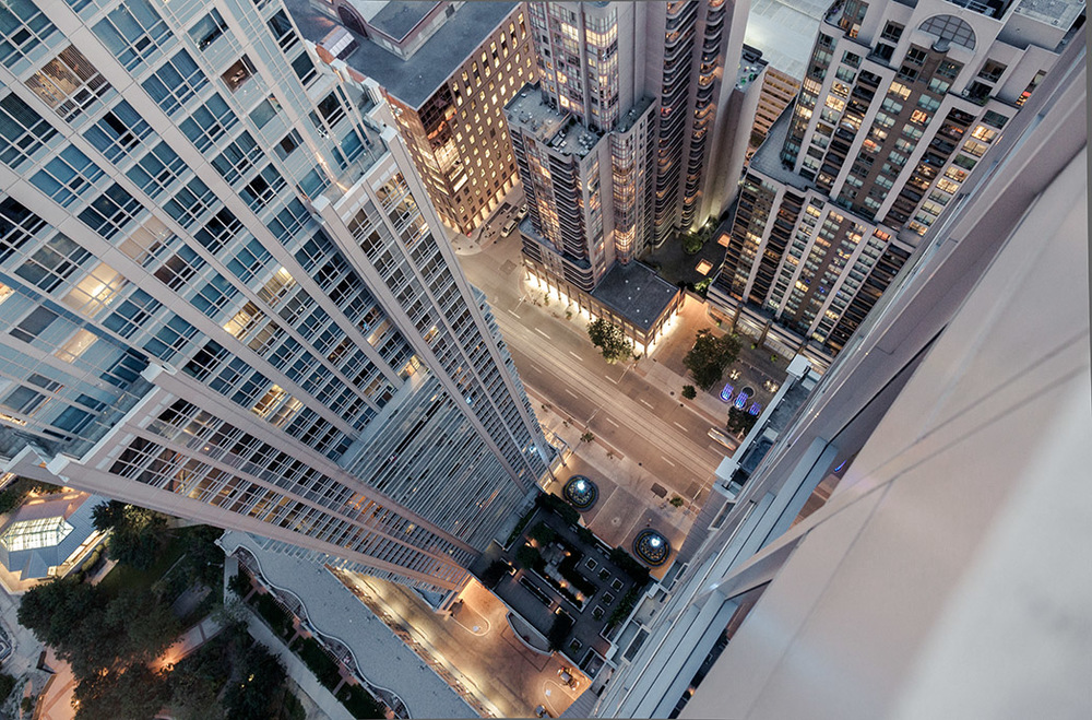 the_tree_mag-rooftopping-by-tom-ryaboi-40.jpg