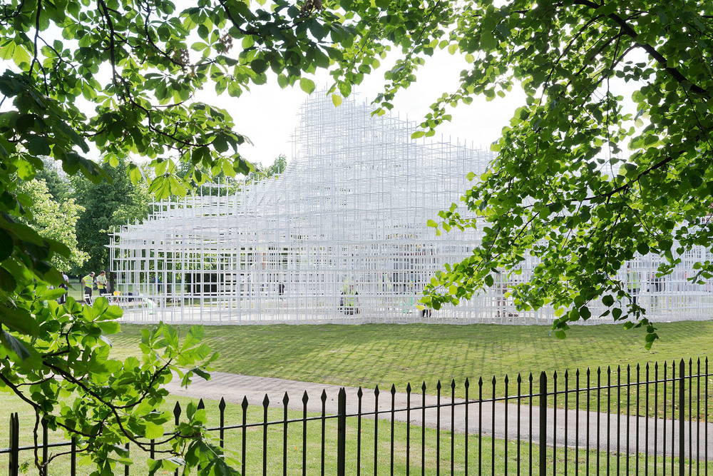 the_tree_mag-serpentine-gallery-pavilion-by-sou-fujimoto-10.jpg