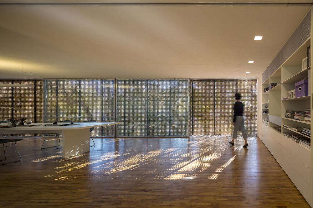 the_tree_mag-studio-r-by-studio-mk27-40b.jpg