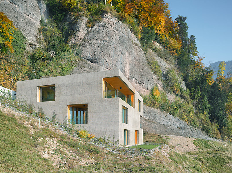 the_tree_mag-holiday-home-in-vitznau-by-daniel-lischer-10.jpg