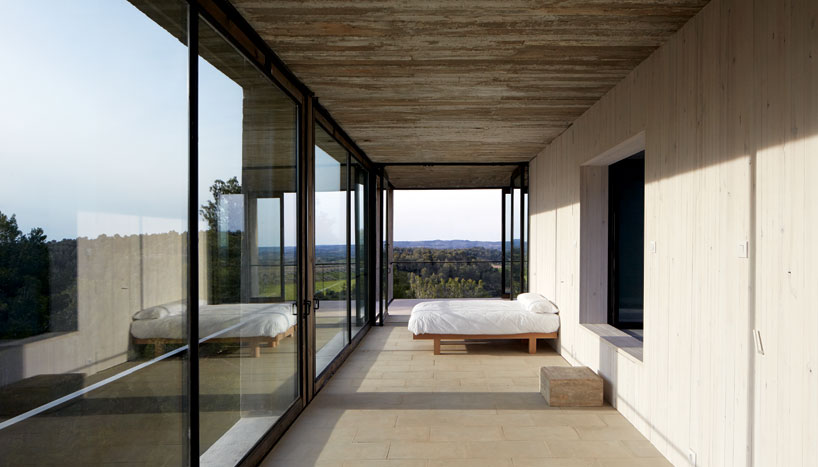 the_tree_mag-solo-houses-by-pezo-von-ellrichshausen-architects-60.jpg