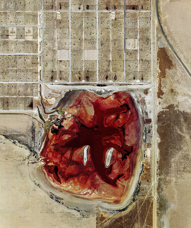 Coronado Feeders, Dalhart, Texas (2013) Archival pigment print, 102x122cm