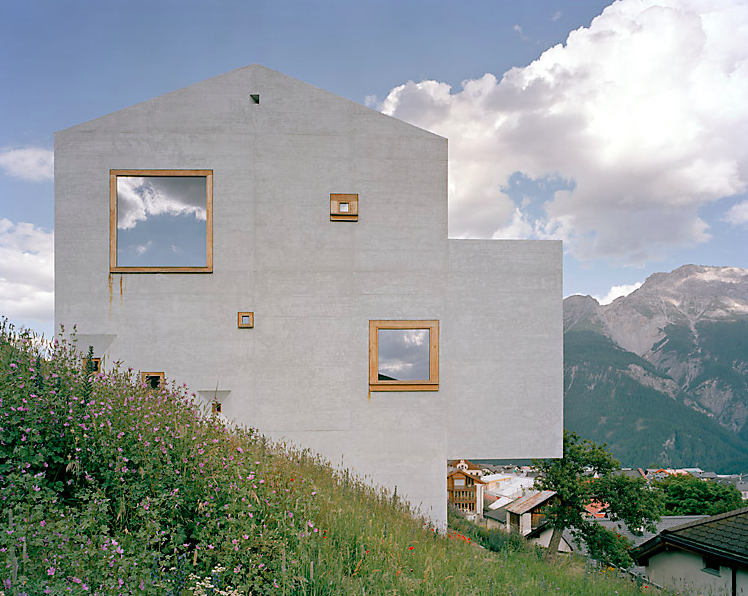the_tree_mag-house-in-sent-by-jrg-koch-30.png