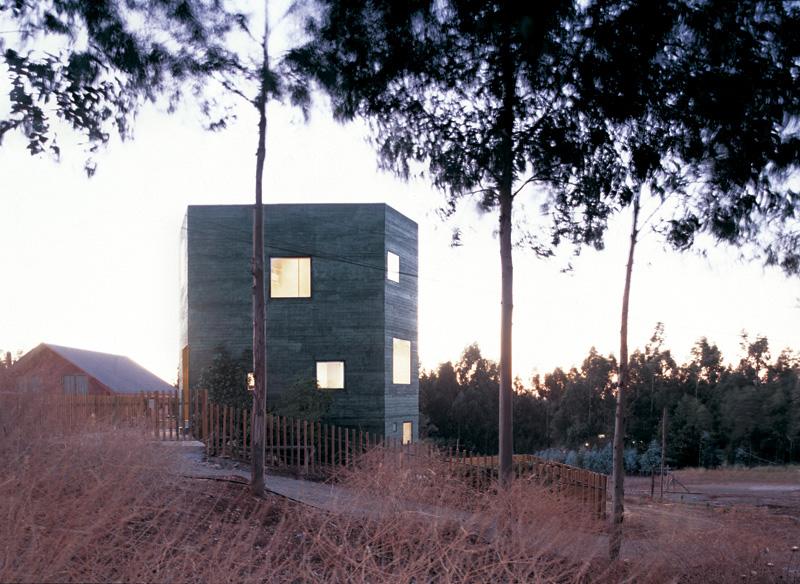the_tree_mag-fosc-house-by-pezo-von-ellrichshausen-architects-30.jpg