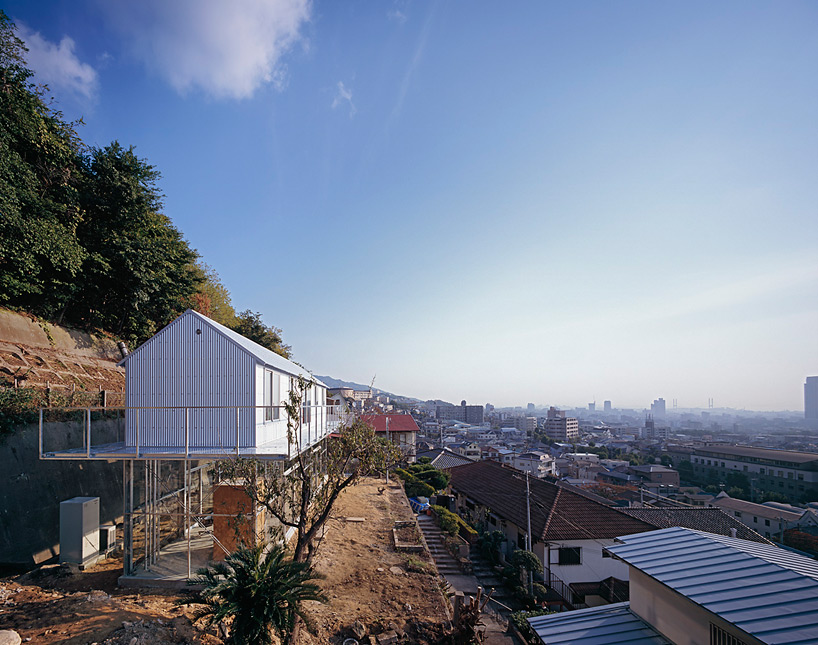 the_tree_mag-house-in-rokko-by-tato-architects-10.jpg