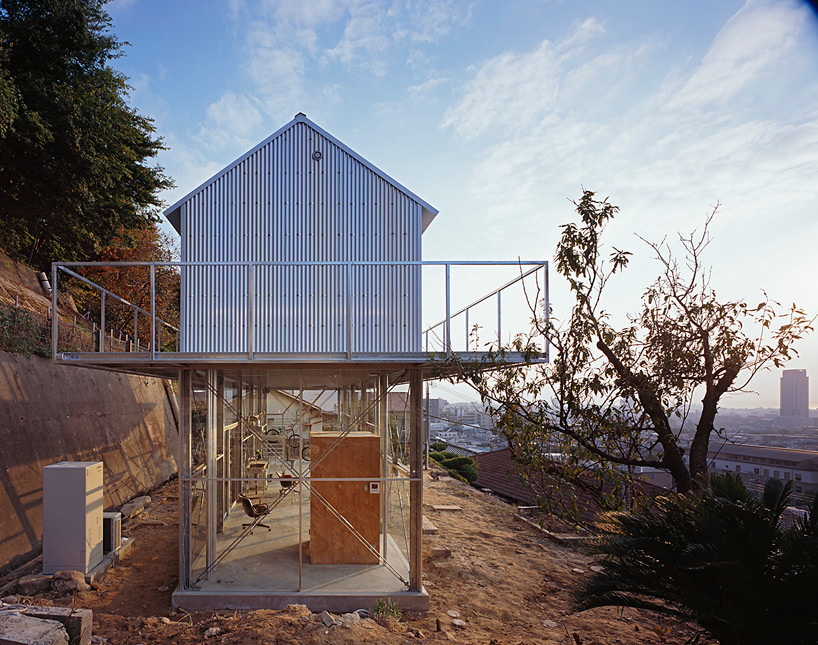 the_tree_mag-house-in-rokko-by-tato-architects-30.jpg