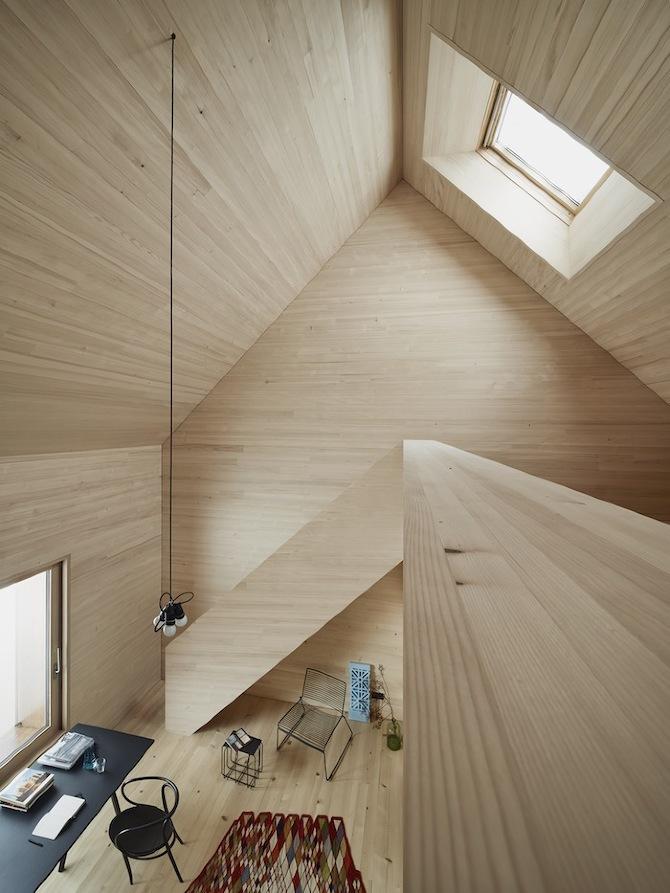 the_tree_mag-haus-am-moor-by-bernardo-bader-architects-80.jpg