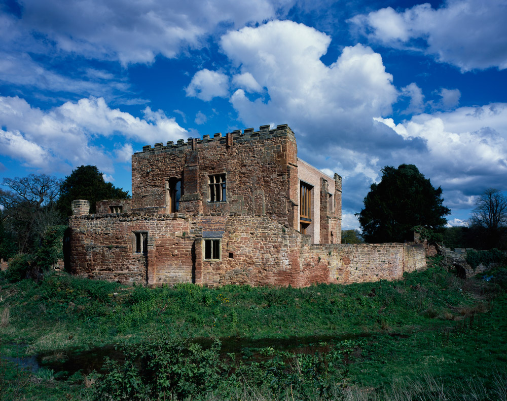 the_tree_mag-astley-castle-by-witherford-watson-mann-10.jpg