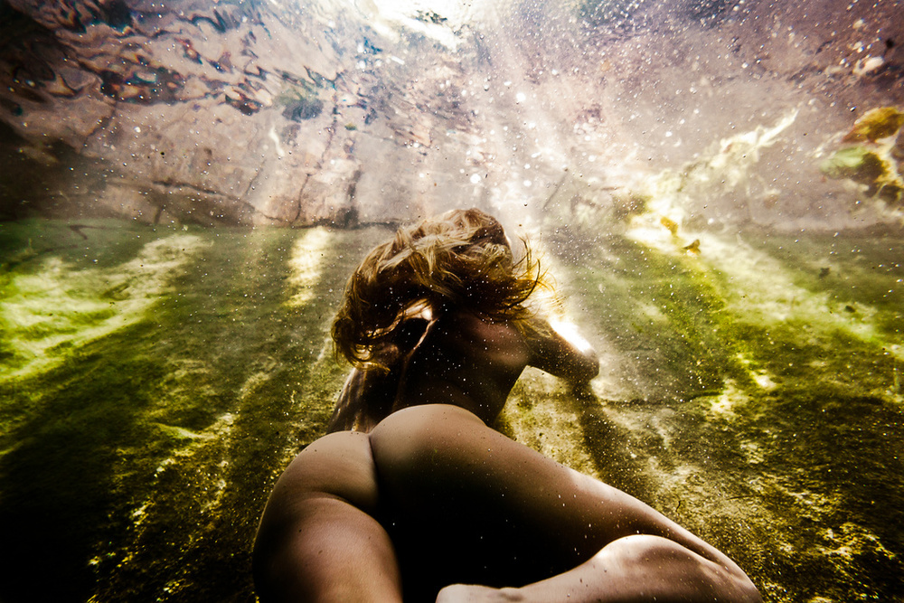the_tree_mag-underwater-nude-rock-quarry-by-neil-craver-260.jpg