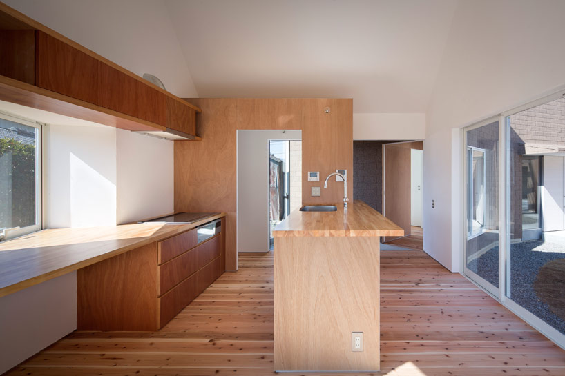 the_tree_mag-container-design-house-of-awa-cho-50.jpg