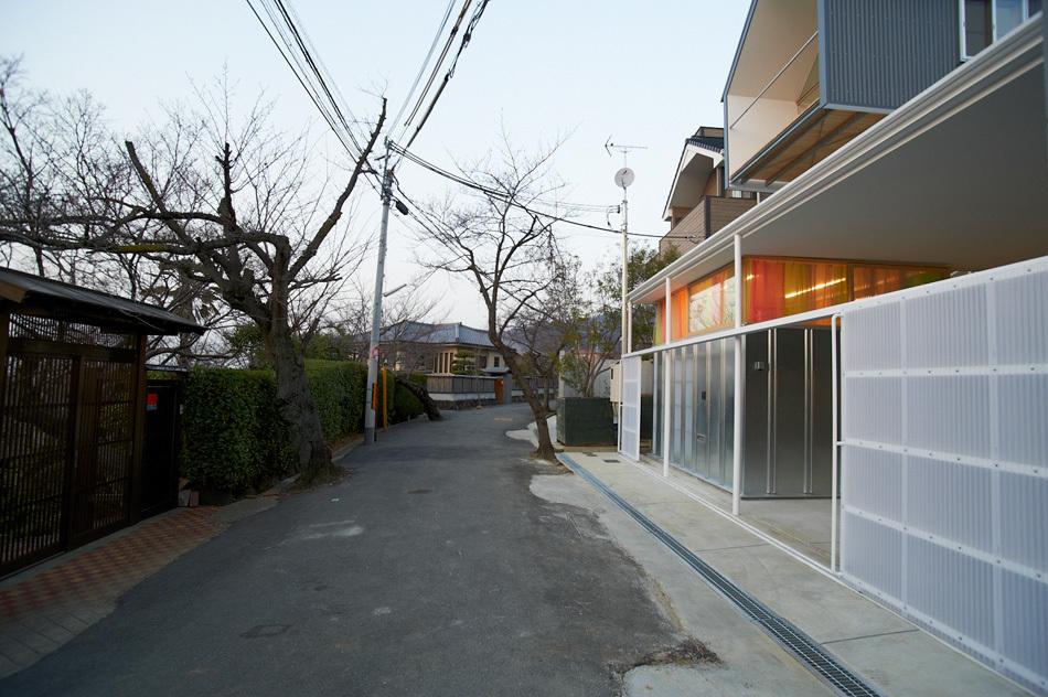 the_tree_mag-house-in-ishikiri-by-tato-architects-200.jpg