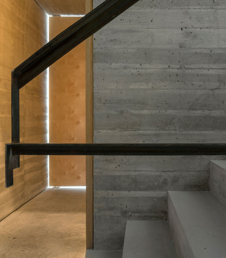 the-tree-mag_house-in-lisbon-by-arx-portugal-arquitectos-90.jpg