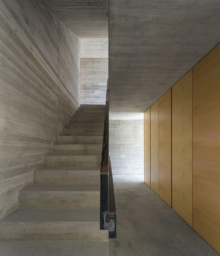 the-tree-mag_house-in-lisbon-by-arx-portugal-arquitectos-100.jpg