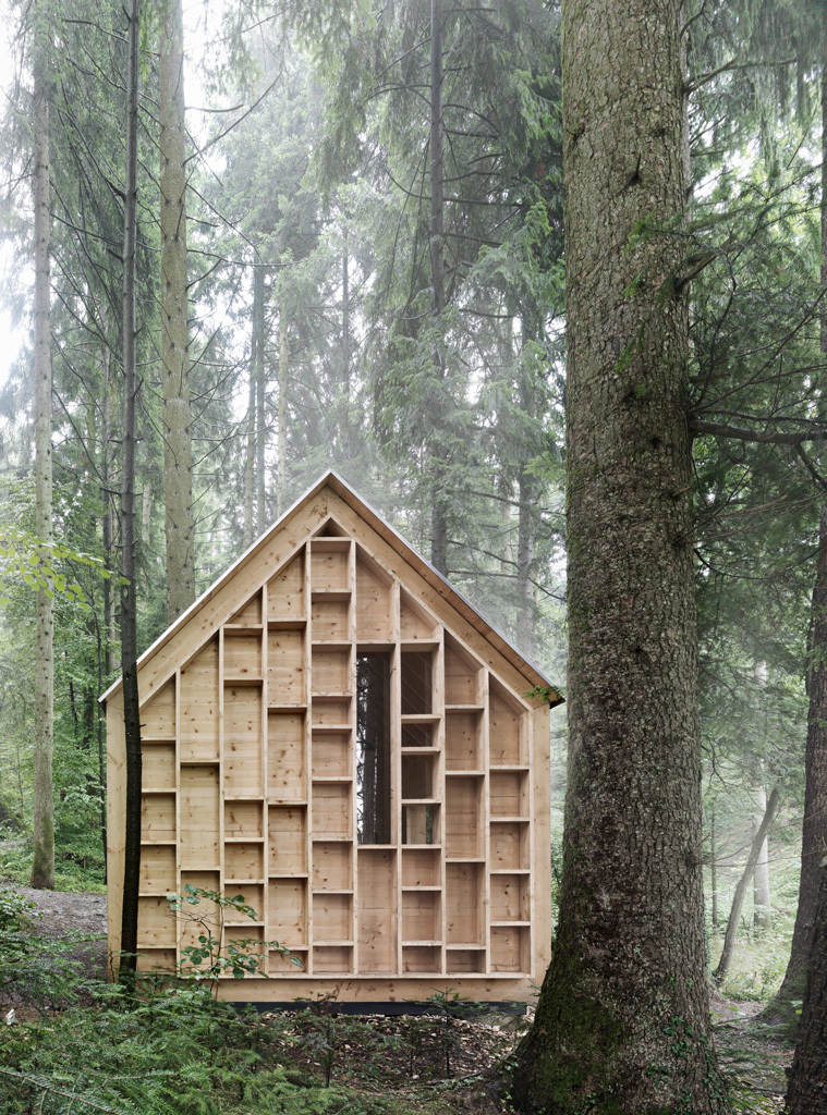 the-tree-mag_house-of-the-forest-owls-by-bernd-riegger-20.jpg