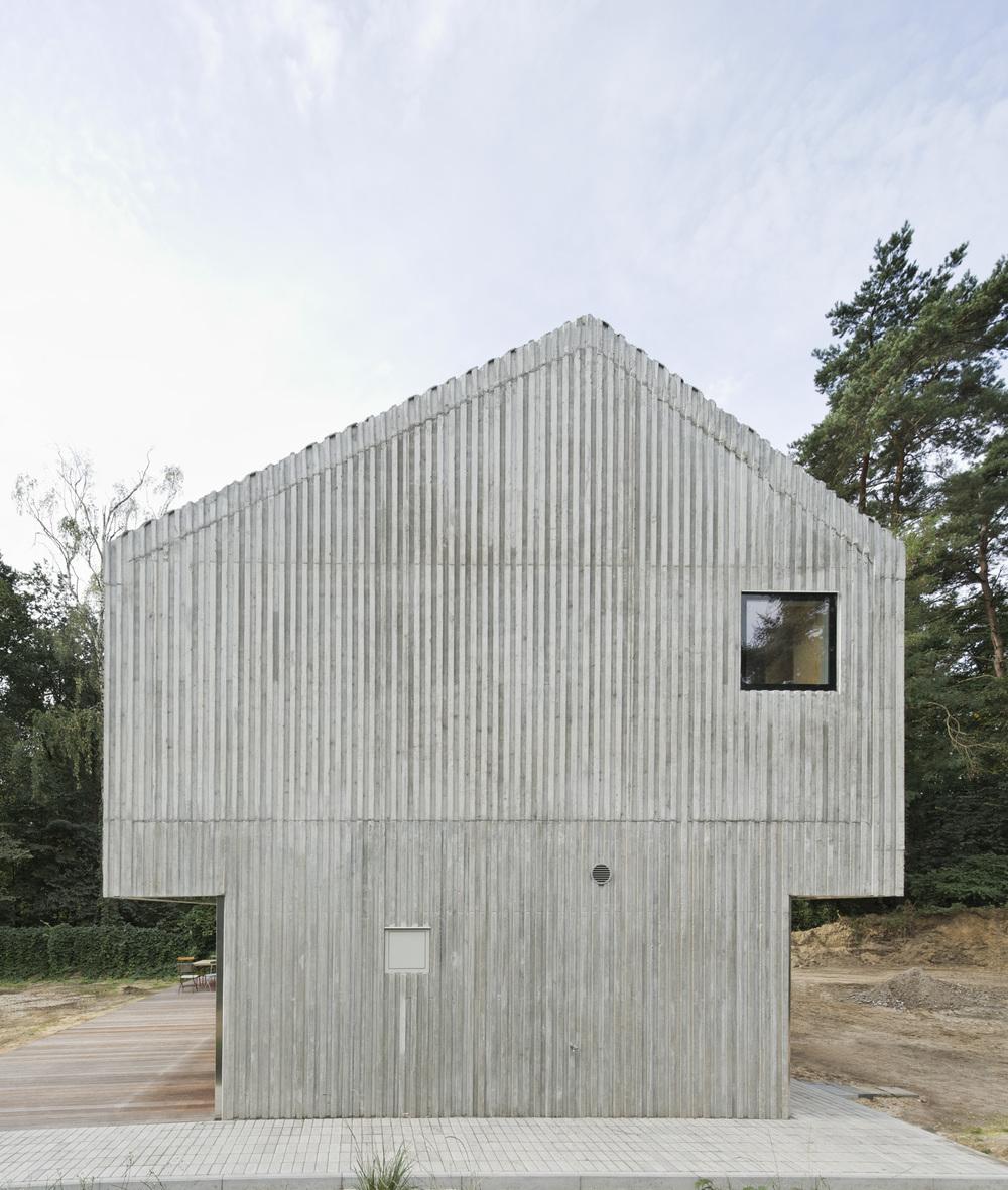 the-tree-mag_beach-house-by-augustin-und-frank-architekten-20.jpg