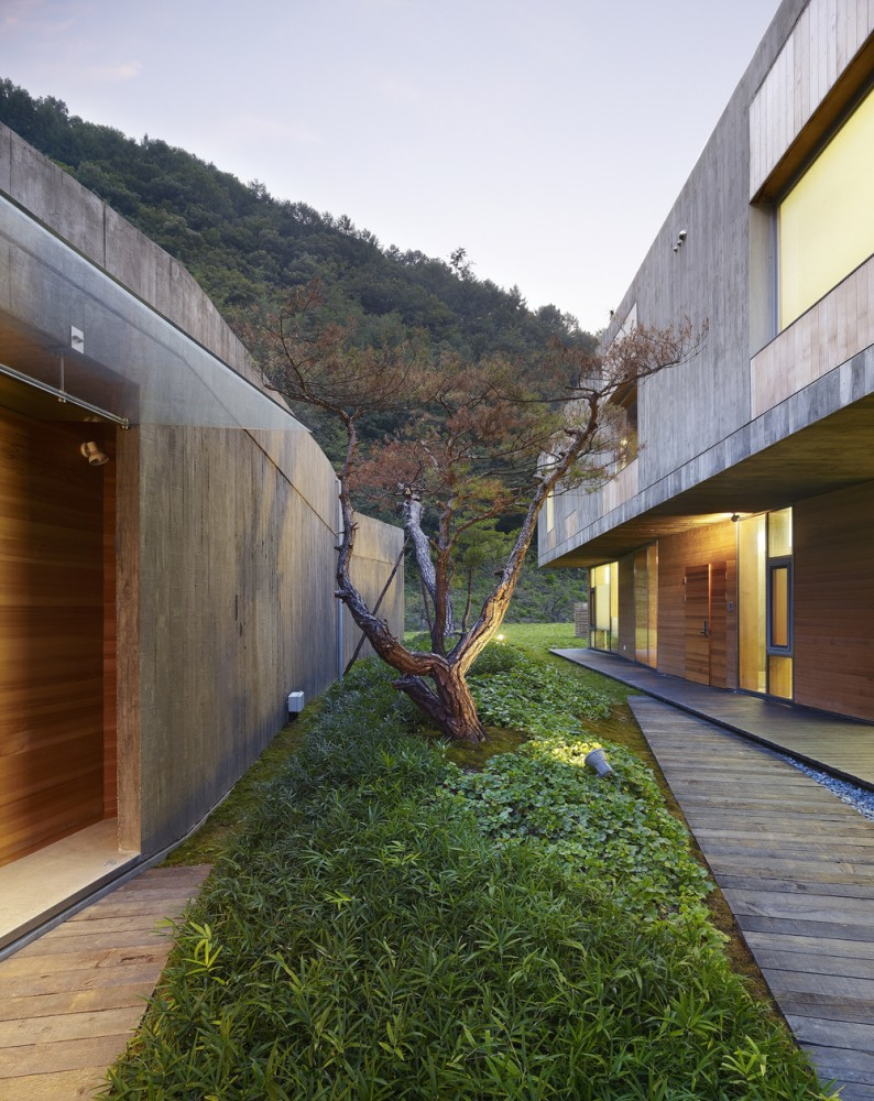 the-tree-mag_hanil-visitors-center-guest-house-by-bcho-architects-160.jpg