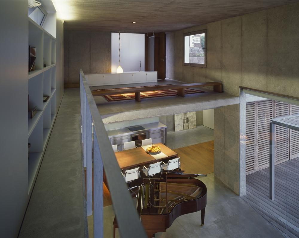 the-tree-mag-house-at-jardin-del-sol-by-corona-y-p-amaral-arquitectos-40.jpg