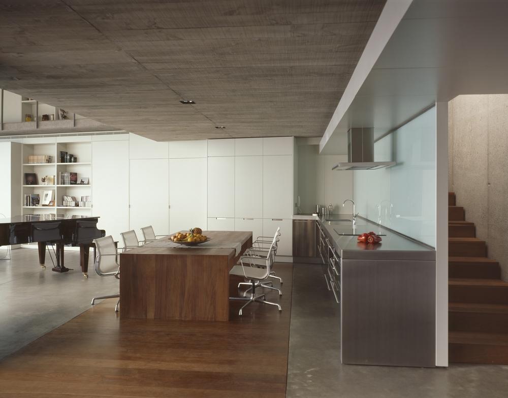the-tree-mag-house-at-jardin-del-sol-by-corona-y-p-amaral-arquitectos-70.jpg