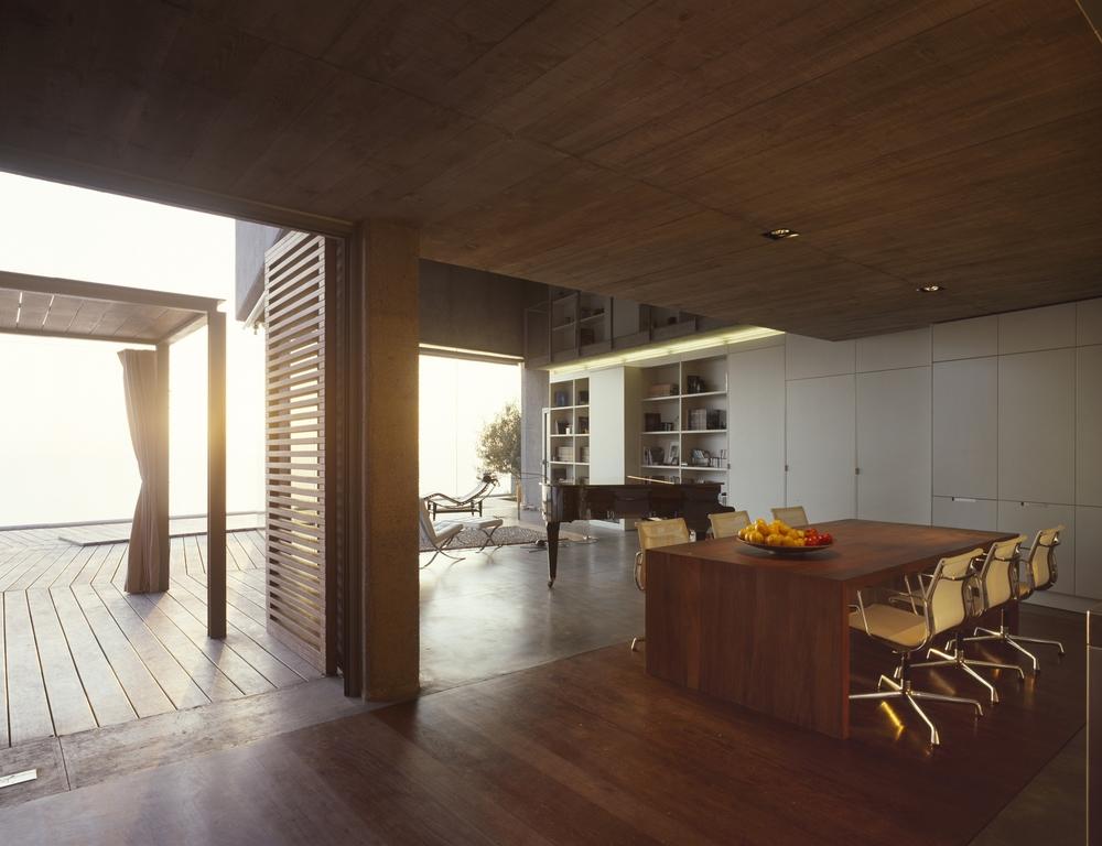 the-tree-mag-house-at-jardin-del-sol-by-corona-y-p-amaral-arquitectos-136.jpg