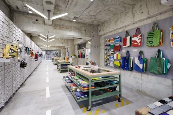 the-tree-mag-freitag-store-tokyo-by-torafu-architects-20.jpg