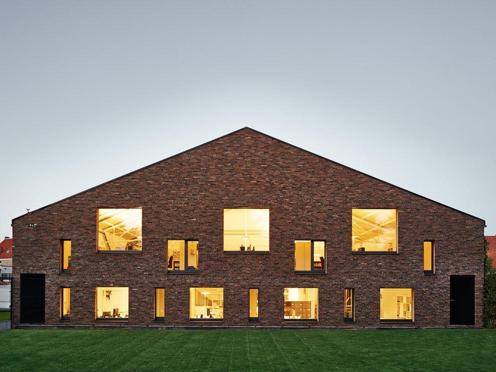 the-tree-mag-passive-office-by-avdk-architecten-vande-kerckhove-100.jpg