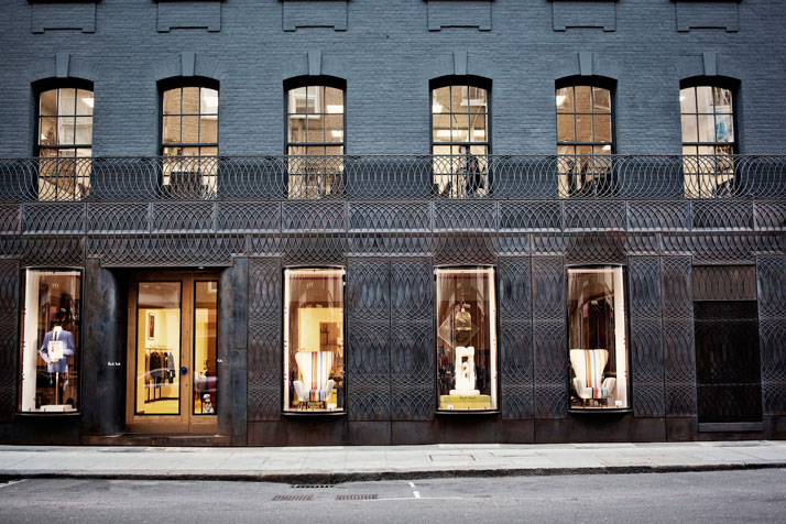 the-tree-mag paul-smith-albemarle-street-store-facade-by-6a-architects-100.jpg