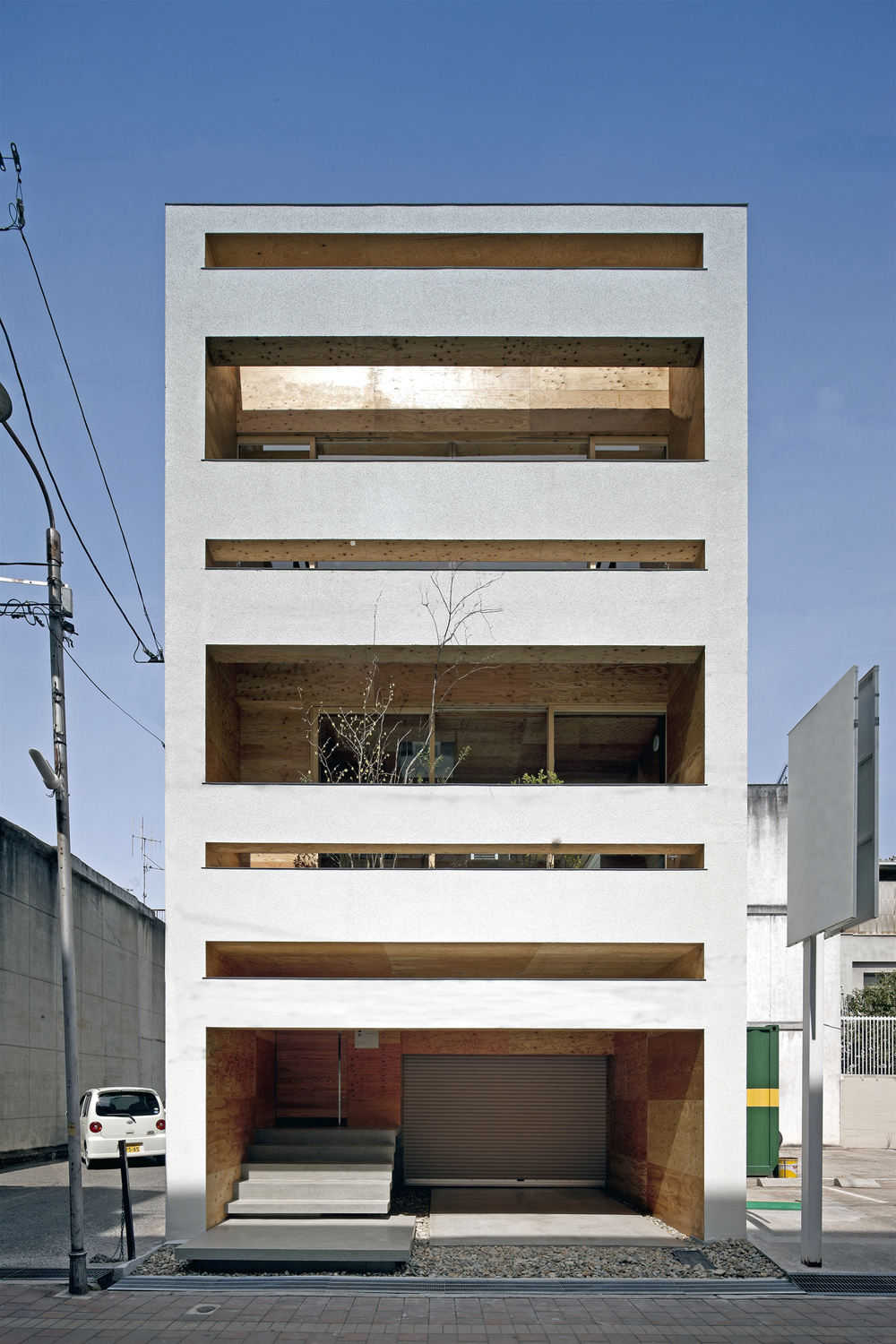 the-tree-mag-machi-building-by-uid-architects-10.jpg