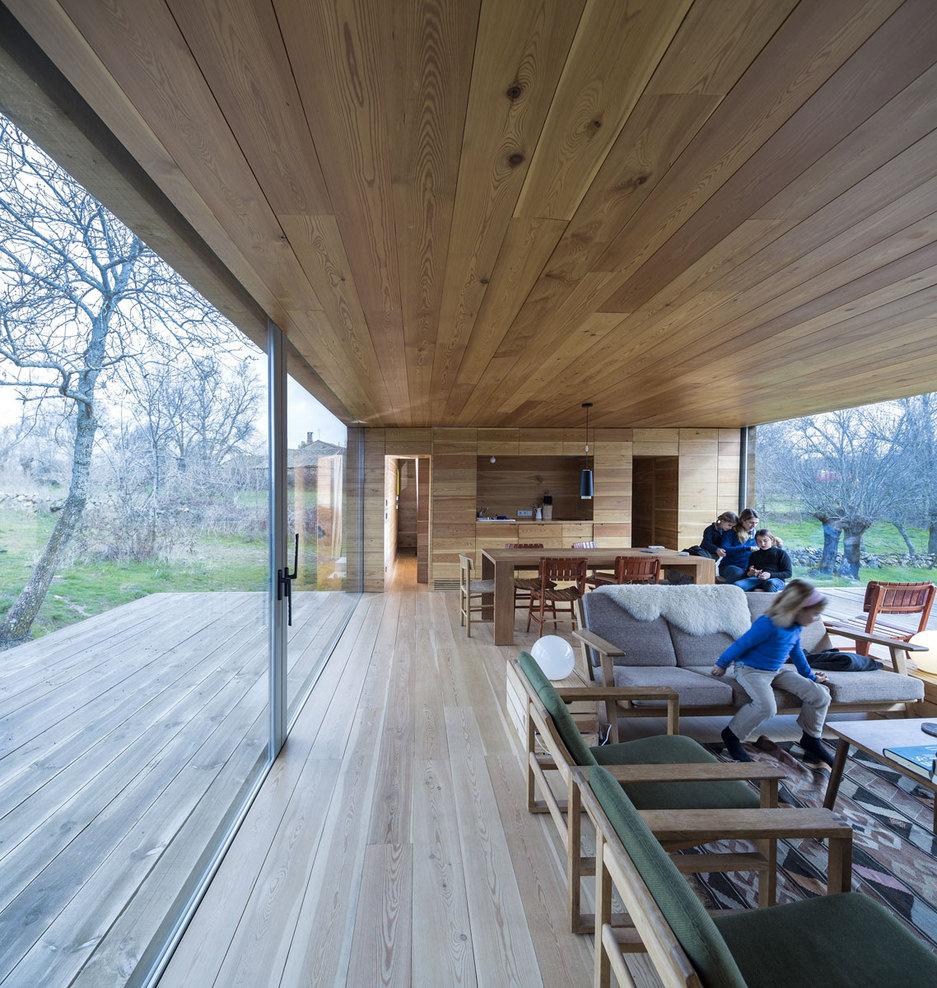 the-tree-mag-casa-4-estaciones-by-chqs-arquitectos-180.jpg