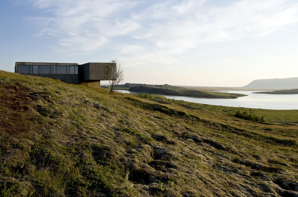 the-tree-mag-arborg-house-by-pk-arkitektar-10.jpg