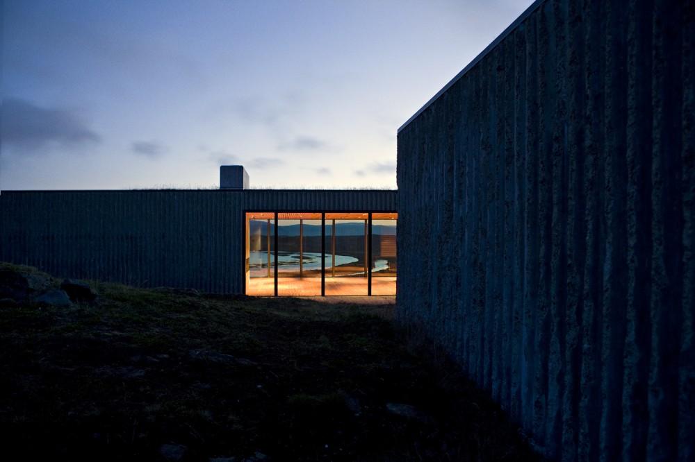 the-tree-mag-arborg-house-by-pk-arkitektar-40.jpg