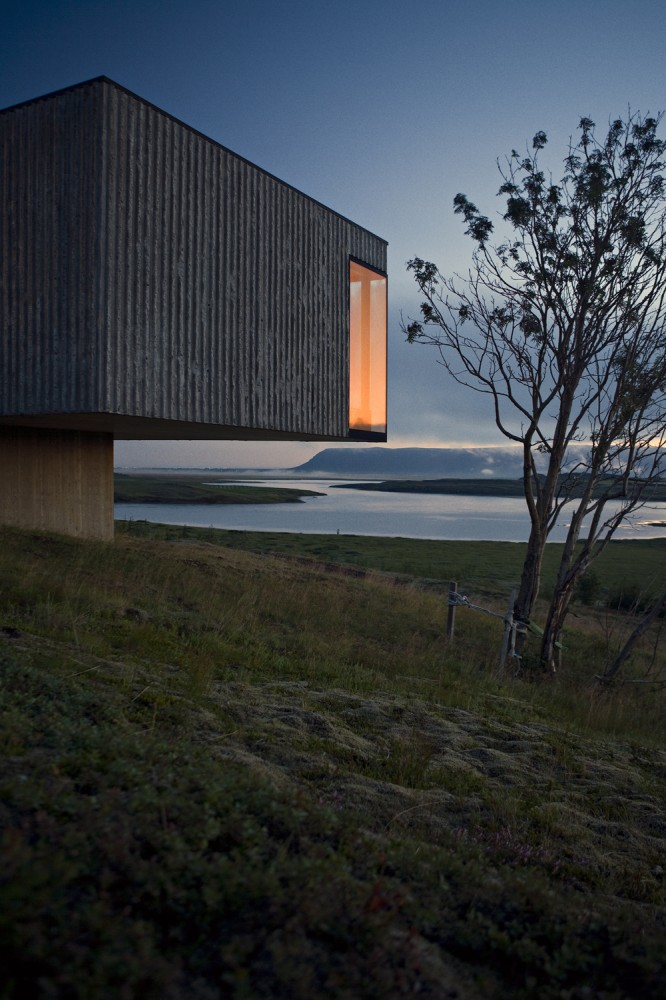 the-tree-mag-arborg-house-by-pk-arkitektar-70.jpg