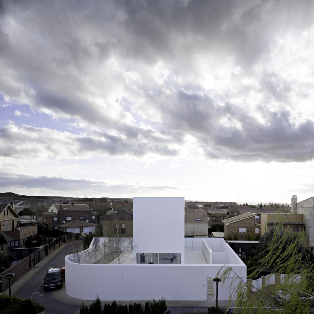 the-tree-mag_moliner-house-by-alberto-campo-baeza-10.jpg