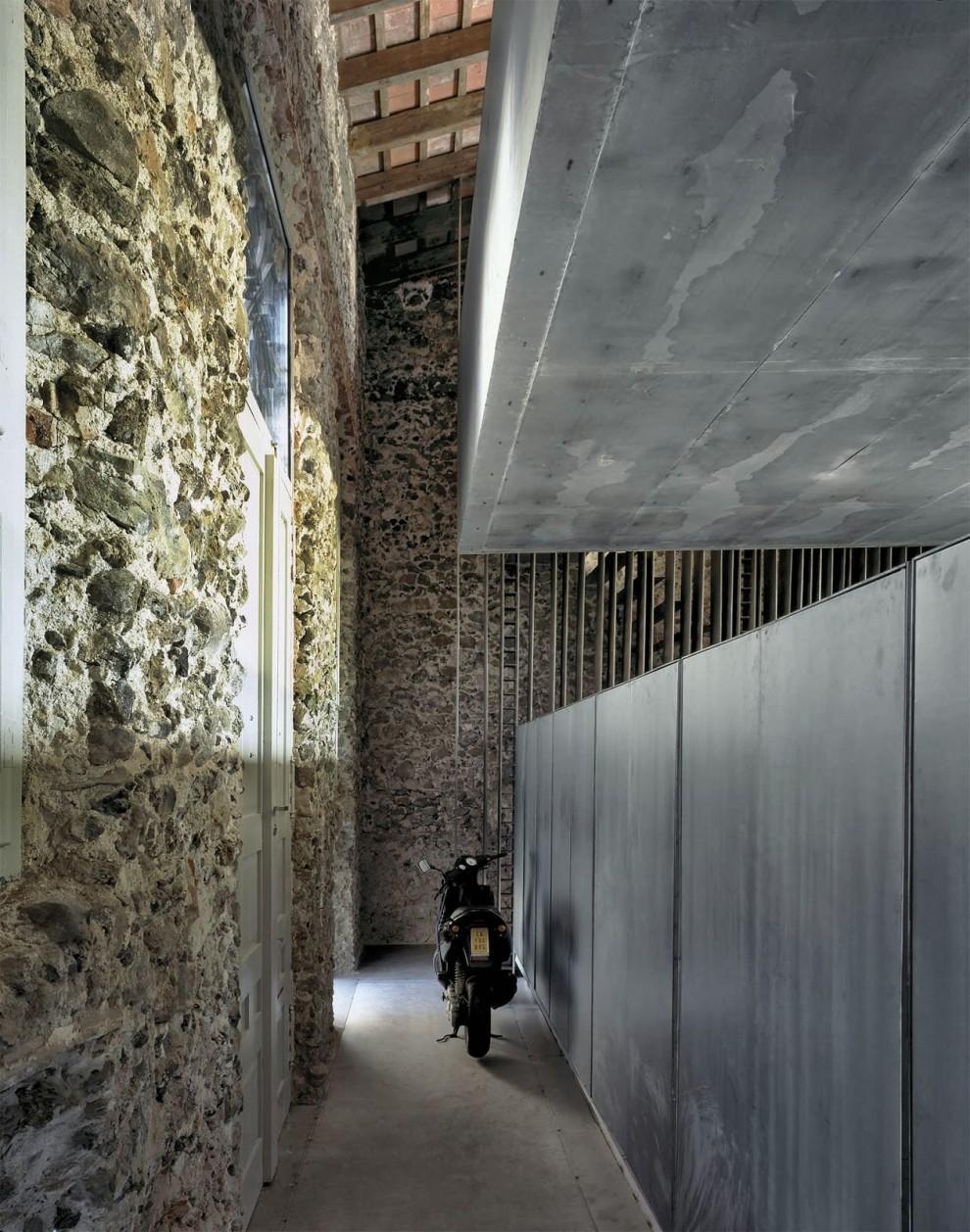 the-tree-mag_casa-entremuros-by-rcr-arquitectes-40.jpg
