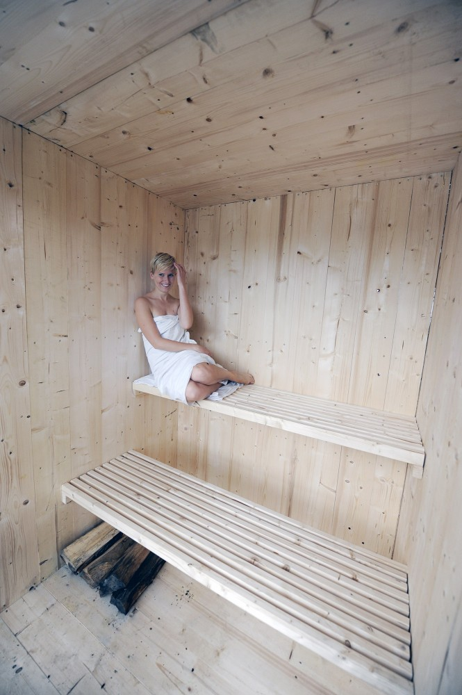 the_tree_mag-public-sauna-by-mjlk-architects-100.jpg