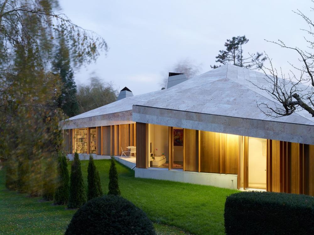 the-tree-mag-house-in-commugny-by-bunq-architectes-40.jpg