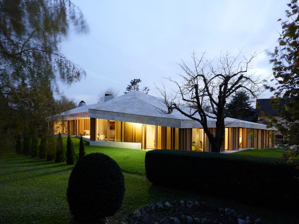 the-tree-mag-house-in-commugny-by-bunq-architectes-50.jpg