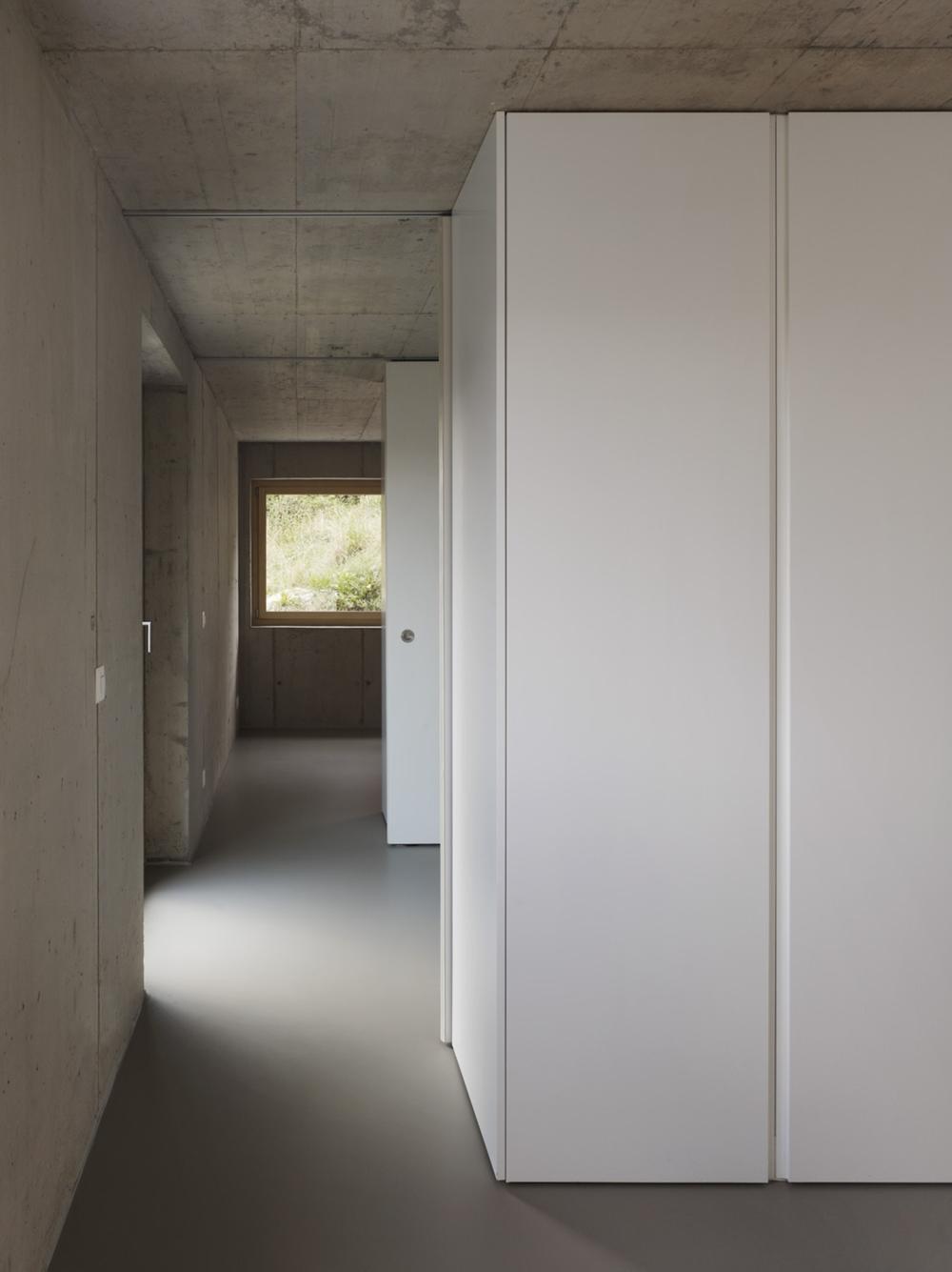 the-tree-mag-NCIS - Tile house-60.jpg