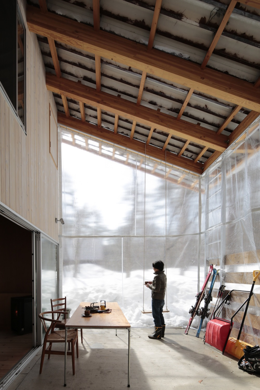 the-tree-mag-villa-in-hakuba-by-naka-architects-100.jpg