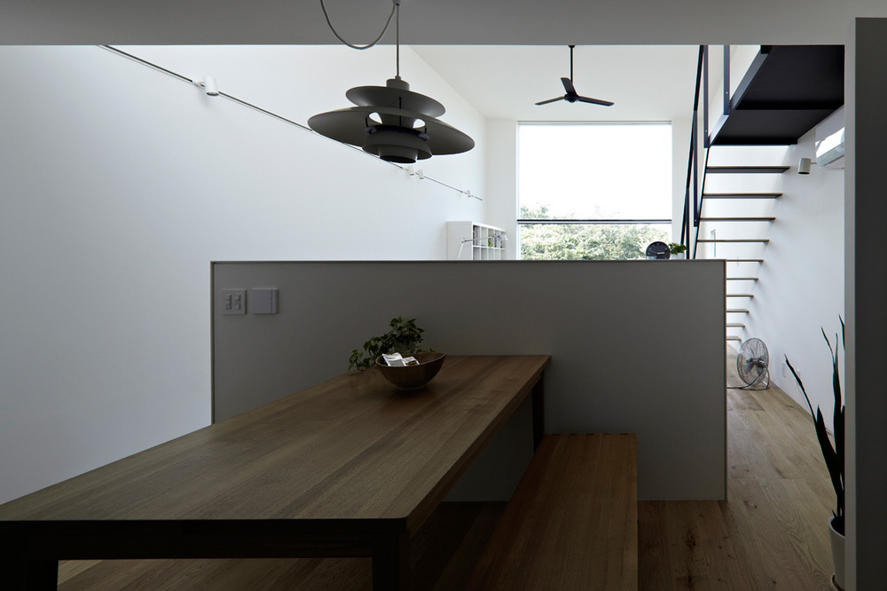 the-tree-mag-house-in-hiyoshi-by-eana-60.jpg