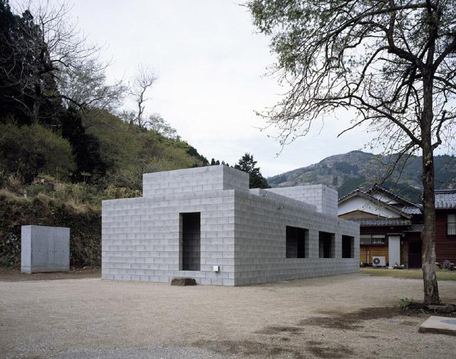 the-tree-mag-silent-house-takao-shiotsuka-atelier-10.jpg