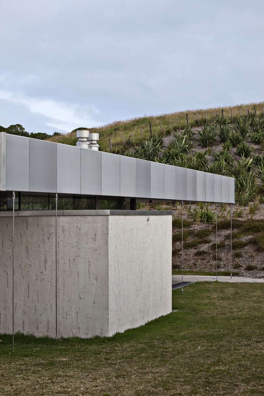 the-tree-mag-island-retreat-by-fearon-hay-architects-20.jpg
