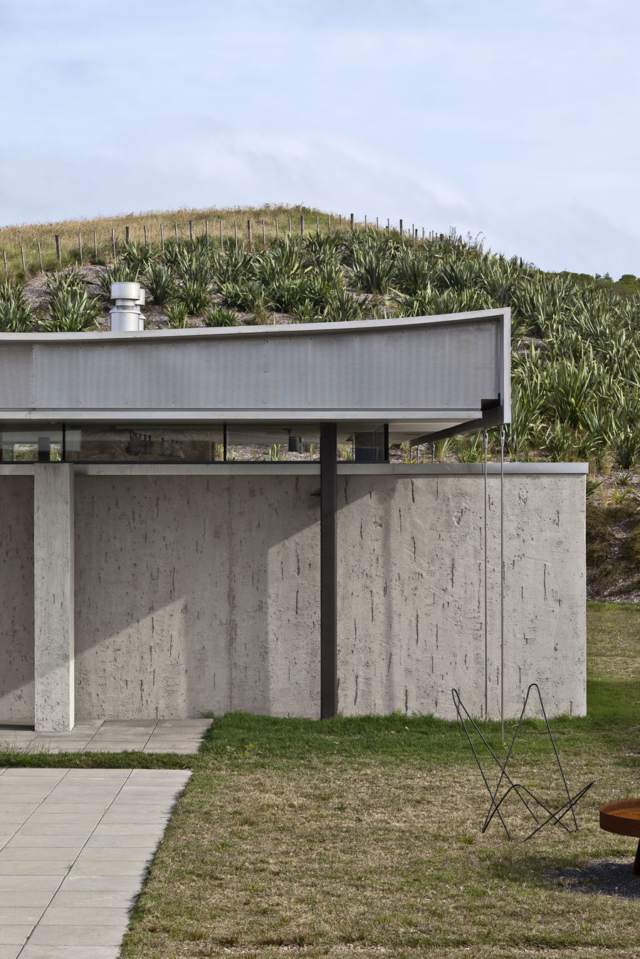 the-tree-mag-island-retreat-by-fearon-hay-architects-70.jpg