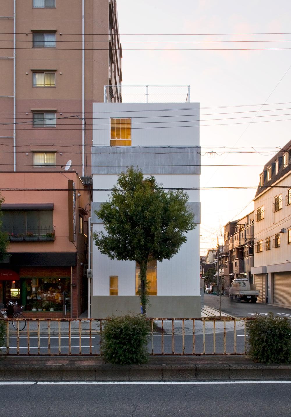 the-tree-mag-k-house-by-kimura-matsumoto-house-kimura-matsumoto_portada-140.jpg
