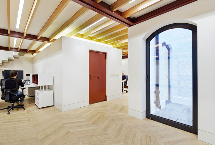 the-tree-mag_office-ingreat-james-street-by-emrys-architects_80.jpg