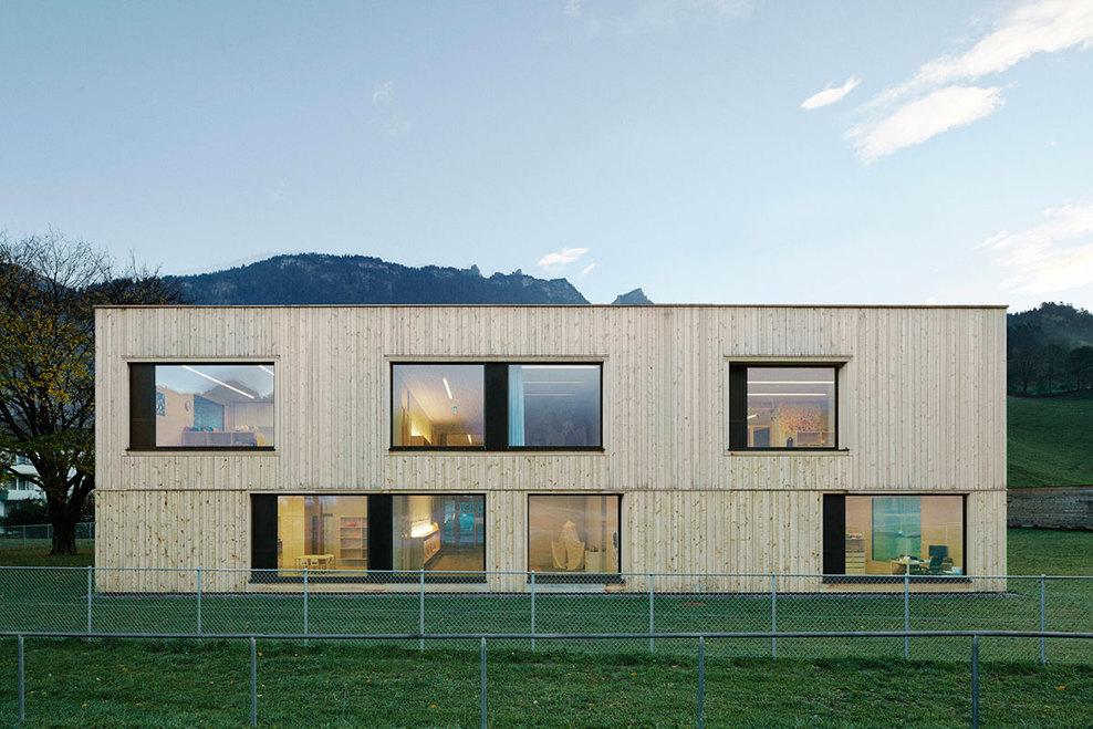 the-tree-mag_kindergarten-susi-weigel-by-bernardo-bader-architects_20.jpg